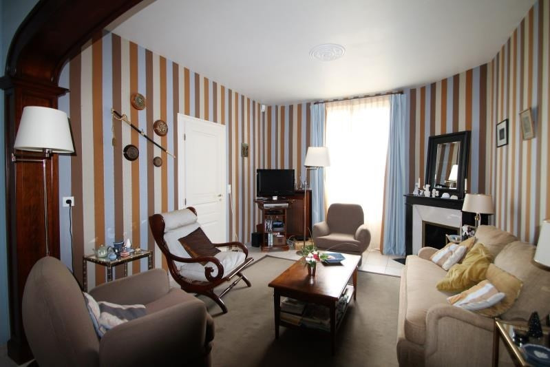 Sale house / villa Melun 360000€ - Picture 3