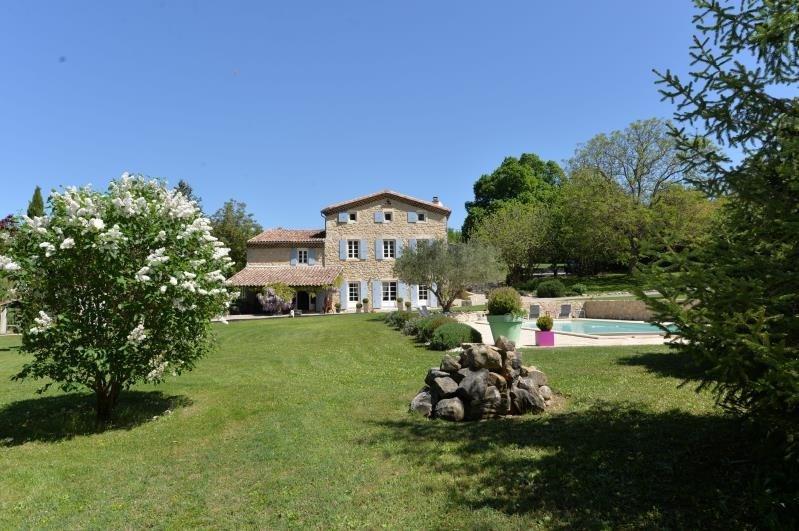 Sale house / villa Proche sortie autoroute 720000€ - Picture 2