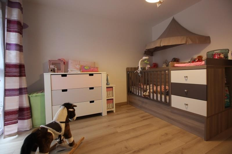 Sale apartment Saint pierre en faucigny 325000€ - Picture 8