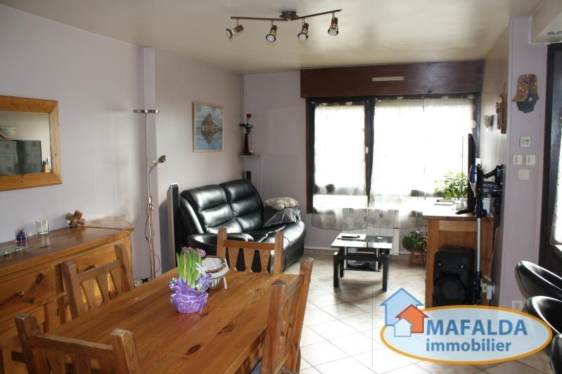 Sale apartment Cluses 144000€ - Picture 2