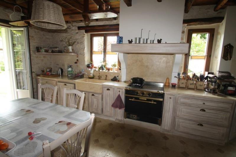 Sale house / villa Fericy 469000€ - Picture 5