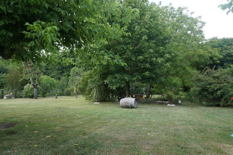 Vente maison / villa St laurent d arce 328000€ - Photo 9