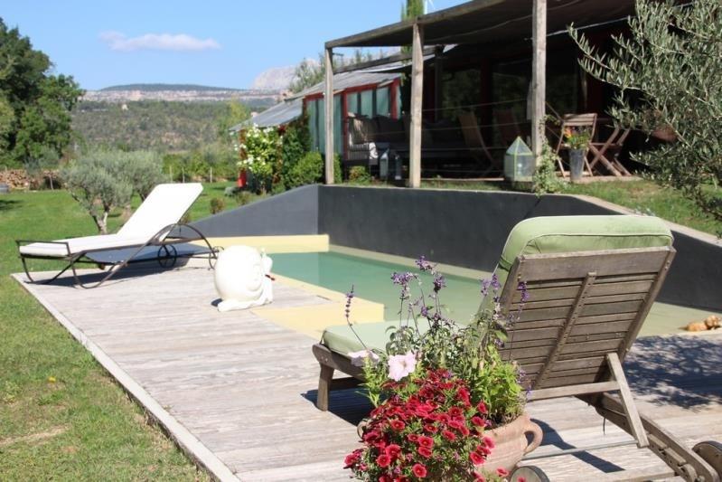Deluxe sale house / villa Rousset 640000€ - Picture 1