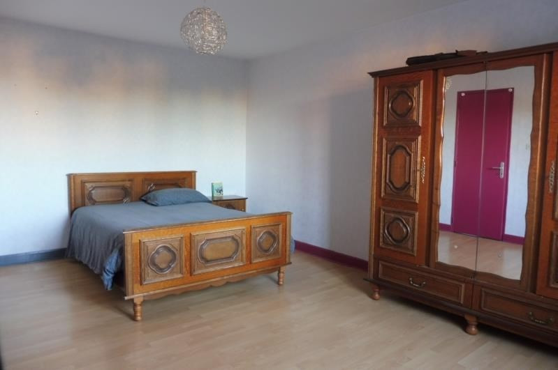 Sale house / villa Damigny 328000€ - Picture 7