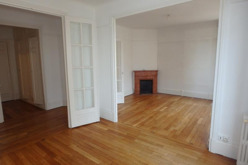 Rental apartment Viroflay 957€ CC - Picture 2