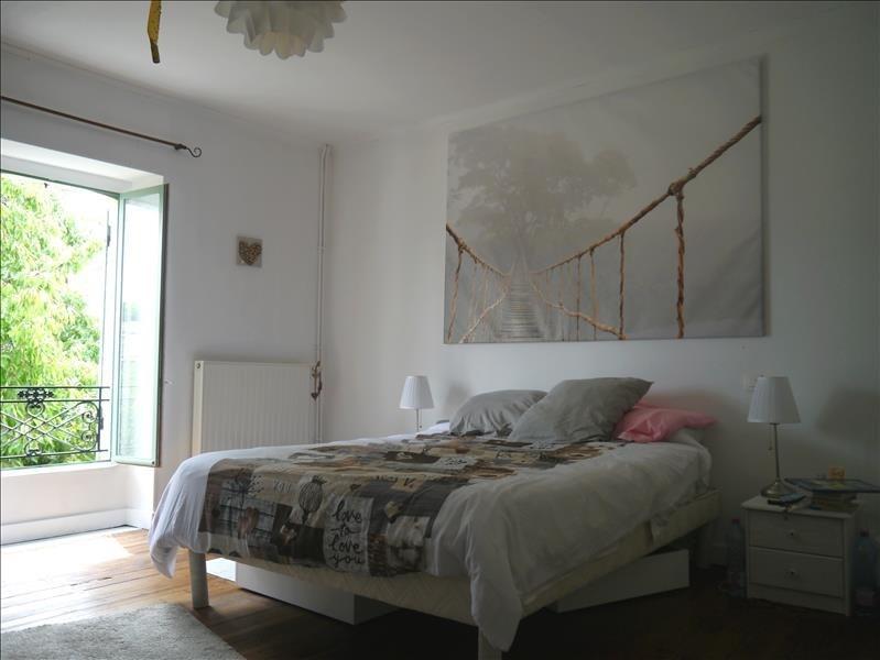 Sale house / villa Gemozac 259160€ - Picture 6