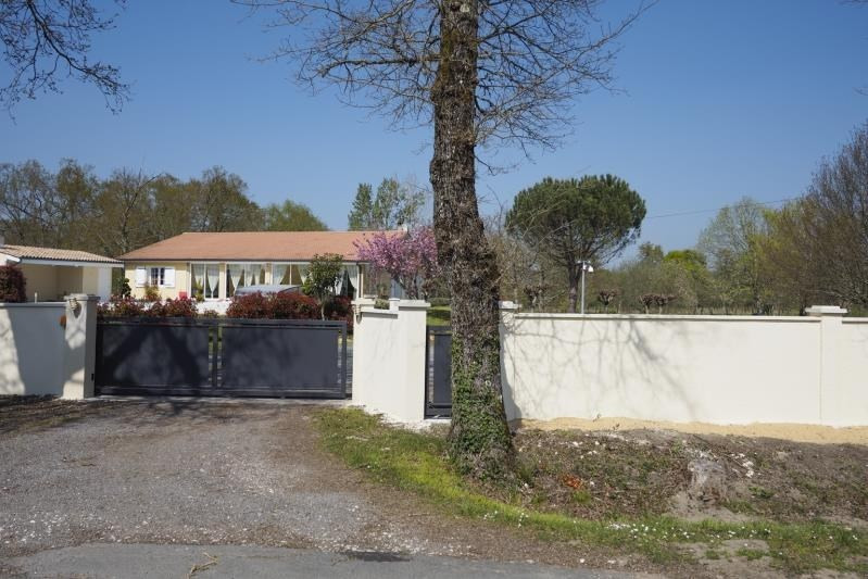 Sale house / villa Montendre 478 000€ - Picture 2
