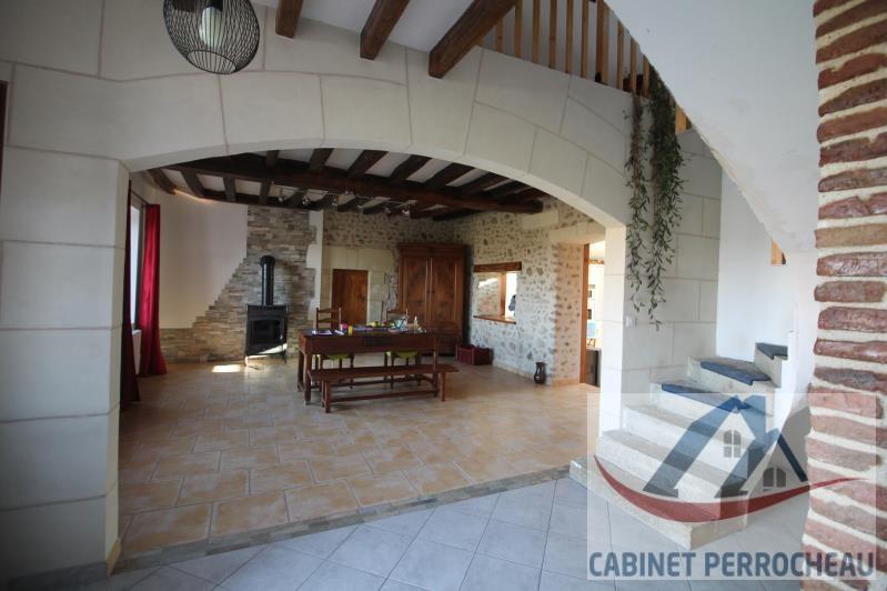 Sale house / villa La chartre sur le loir 202000€ - Picture 5