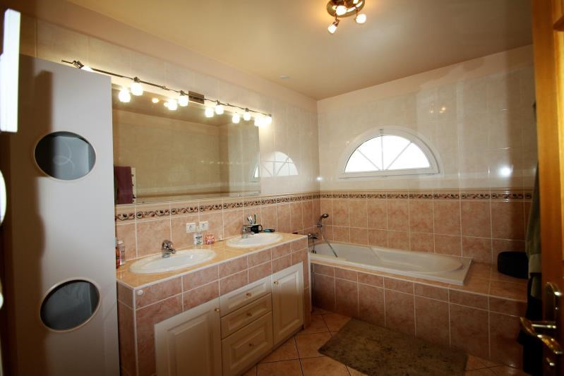 Sale house / villa Fontaine le port 499000€ - Picture 7