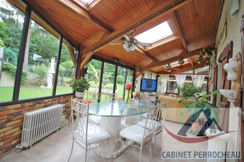 Sale house / villa La chartre sur le loir 176000€ - Picture 2