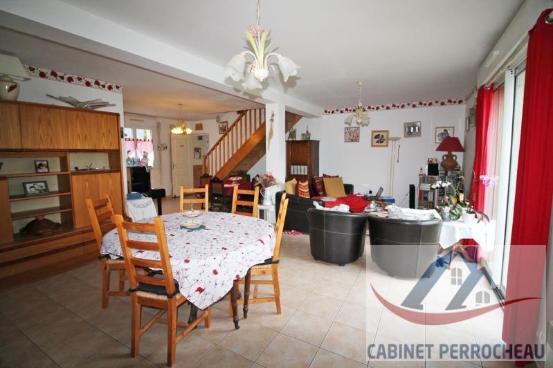 Vente maison / villa La chartre sur le loir 172000€ - Photo 2