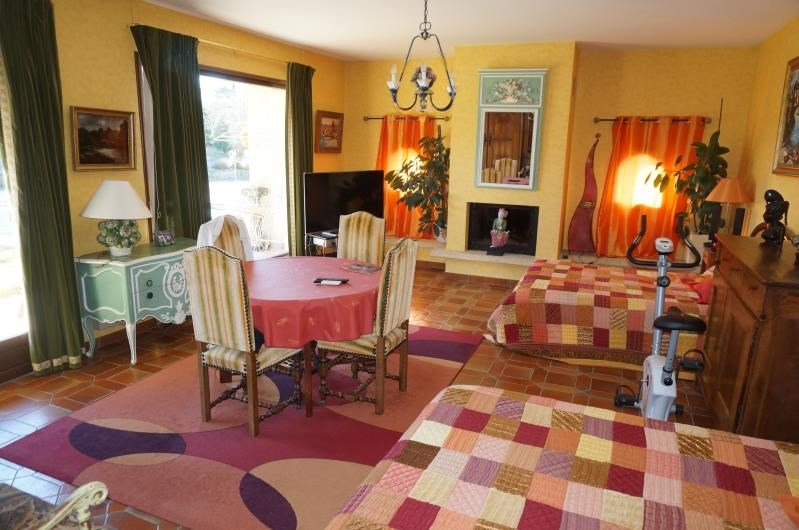Revenda casa Estrablin 399000€ - Fotografia 6