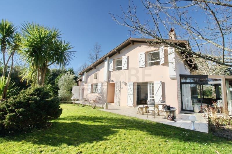 Deluxe sale house / villa Arbonne 787500€ - Picture 1