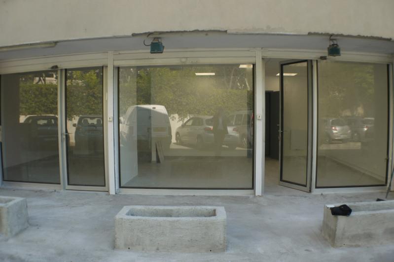 Rental empty room/storage Marseille 8ème 1485€ HC - Picture 2