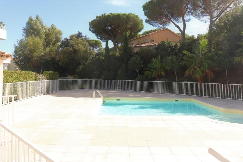 Sale apartment Cavalaire sur mer 239 000€ - Picture 1