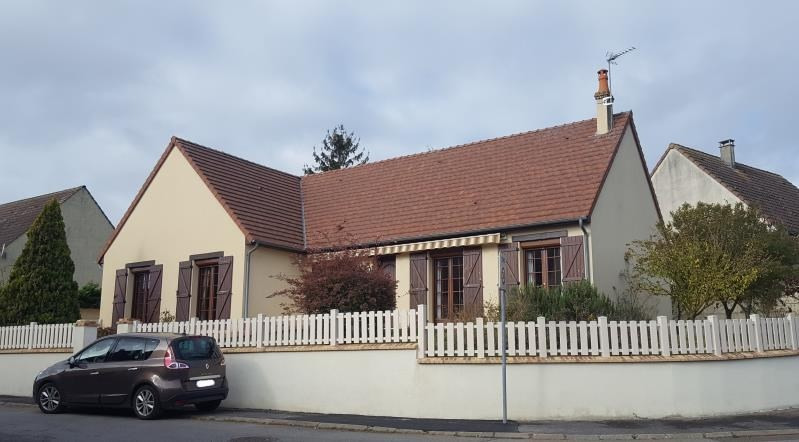 Sale house / villa Beauvais 299 000€ - Picture 1