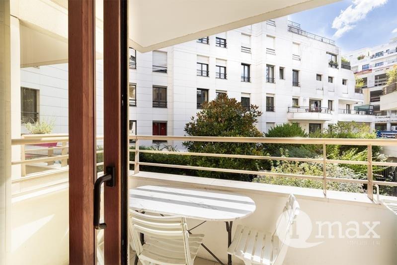 Sale apartment Levallois perret 430000€ - Picture 2