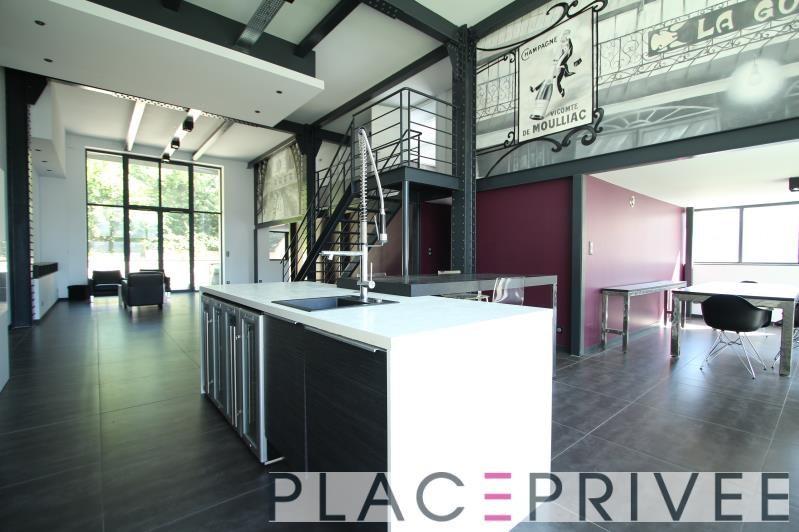 Deluxe sale apartment Nancy 560000€ - Picture 1