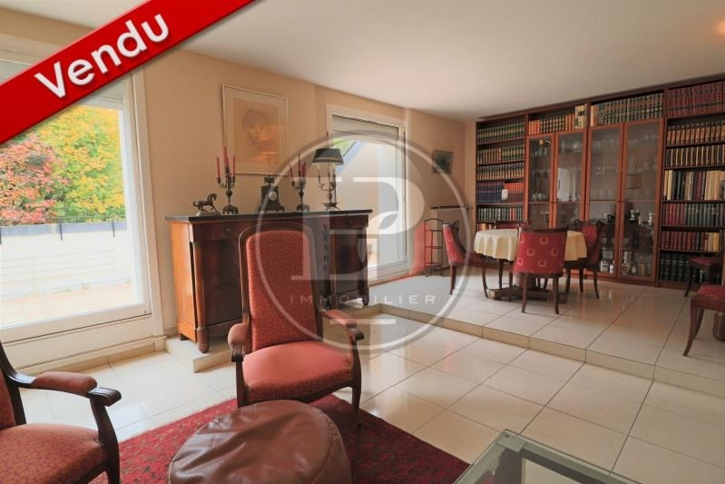 Sale apartment St nom la breteche 429 000€ - Picture 1