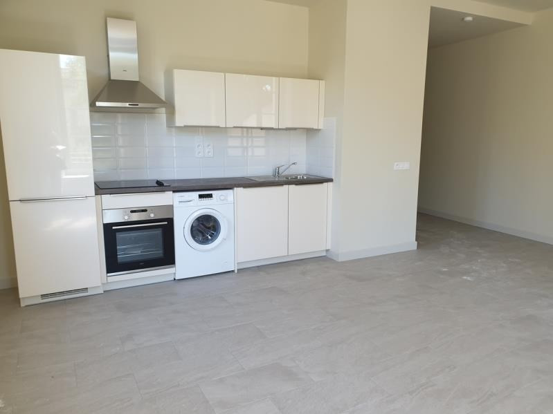 Location appartement Nimes 996€ CC - Photo 3