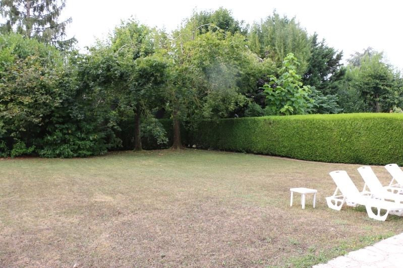 Sale house / villa Chavenay 884 000€ - Picture 2