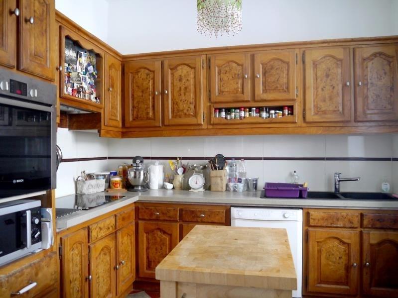 Sale house / villa Gemozac 261000€ - Picture 3