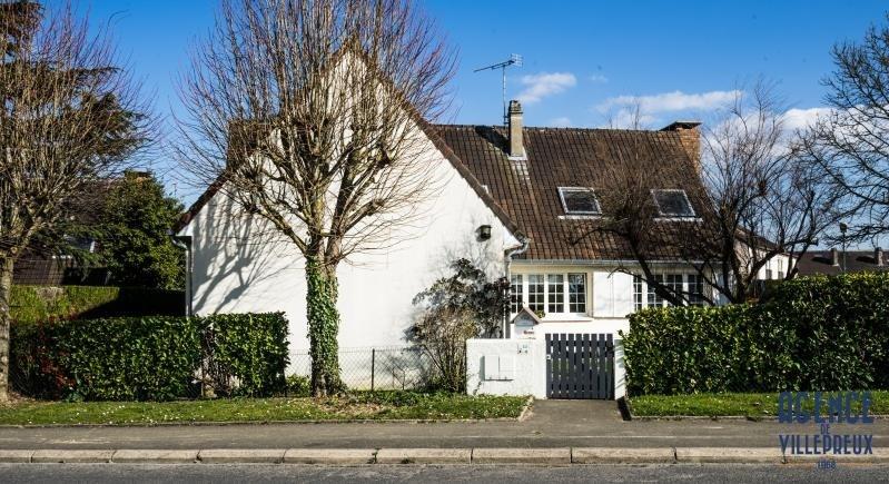 Sale house / villa Villepreux 593500€ - Picture 1