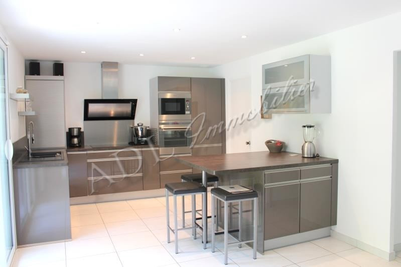 Deluxe sale house / villa Lamorlaye 585000€ - Picture 2