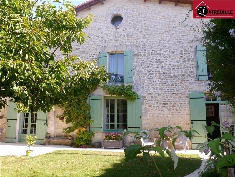 Sale house / villa Gemozac 259160€ - Picture 1