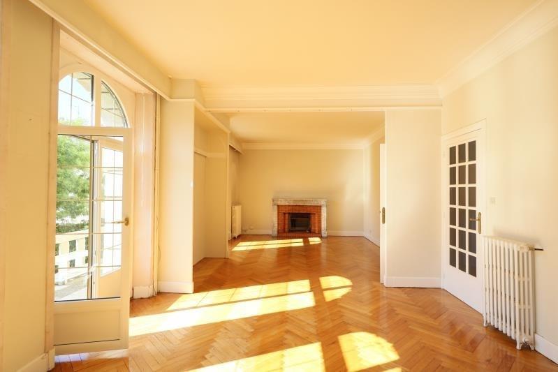 Deluxe sale house / villa Brest 439000€ - Picture 2