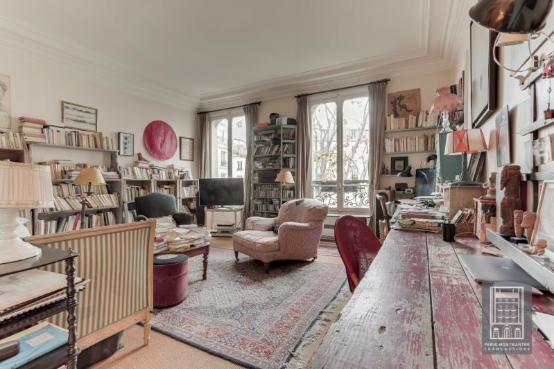 Vente de prestige appartement Paris 18ème 1260000€ - Photo 2