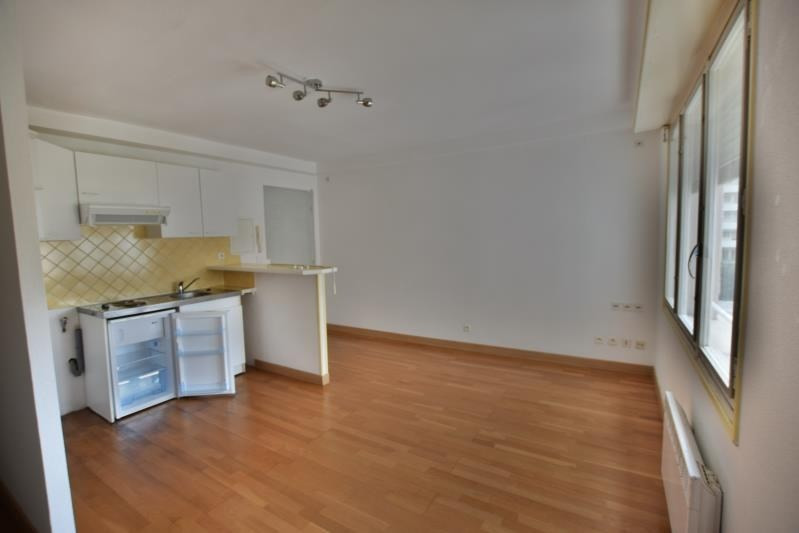 Sale apartment Pau 76 000€ - Picture 2