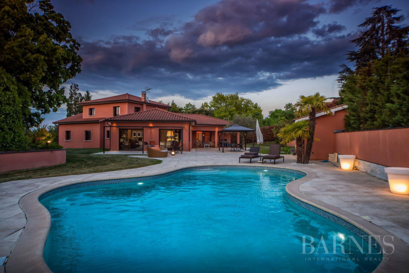 Deluxe sale house / villa Vourles 1248000€ - Picture 1