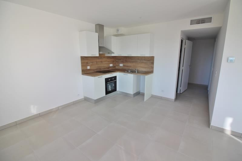 Location appartement Speracedes 750€ CC - Photo 8