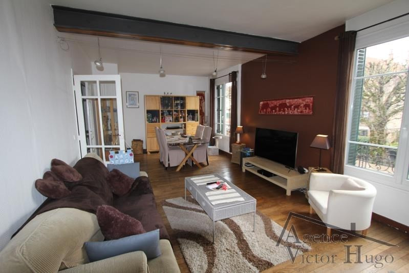 Sale house / villa Rueil malmaison 998000€ - Picture 1