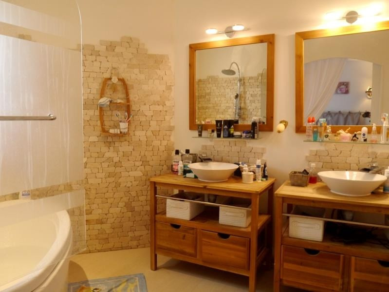 Sale house / villa Gemozac 183750€ - Picture 9
