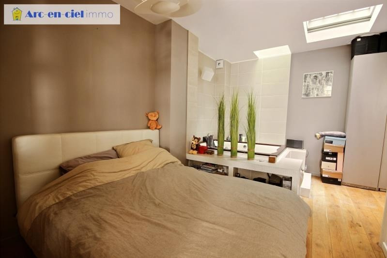 Revenda apartamento Paris 11ème 599000€ - Fotografia 8