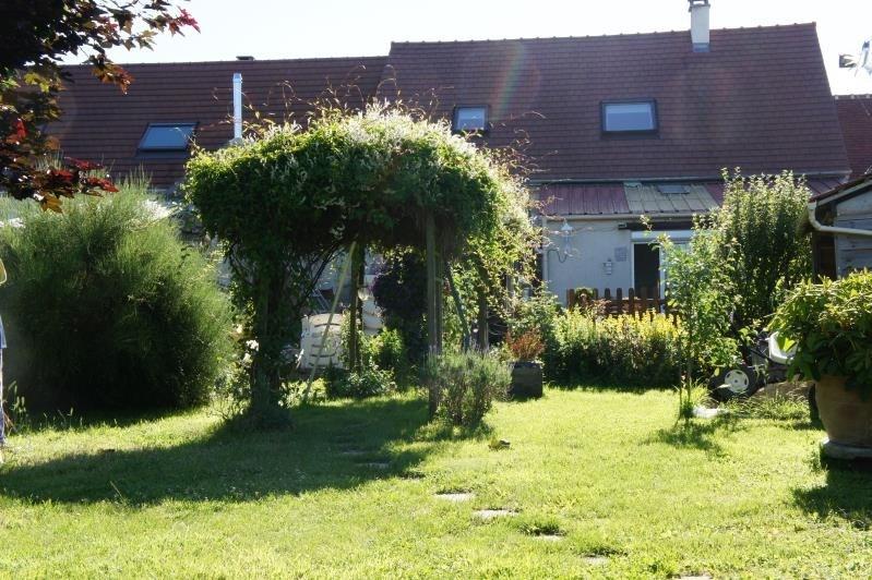 Sale house / villa Neuilly en thelle 249500€ - Picture 1