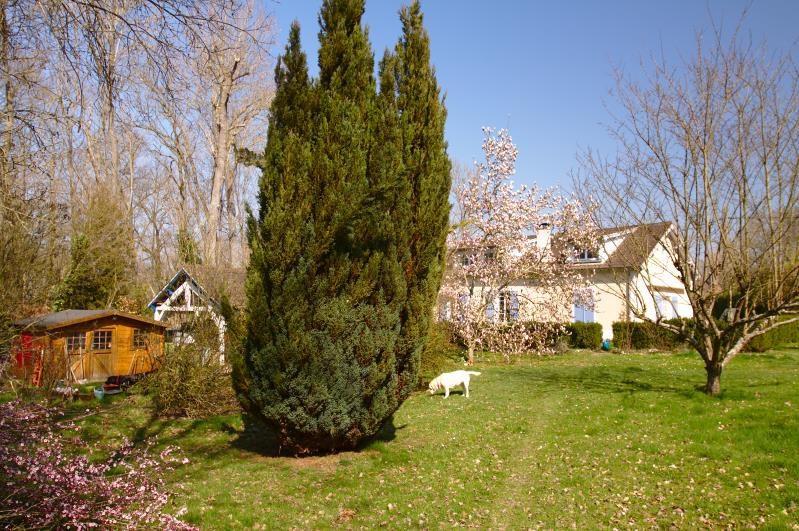Sale house / villa Montfort-l'amaury 535000€ - Picture 1
