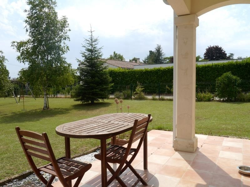 Vente maison / villa Gemozac 220500€ - Photo 8