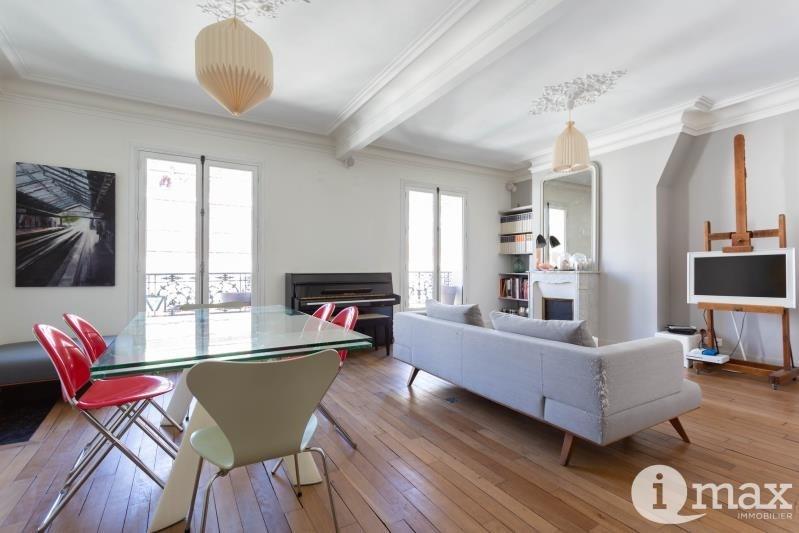 Vente de prestige appartement Paris 18ème 1111760€ - Photo 2