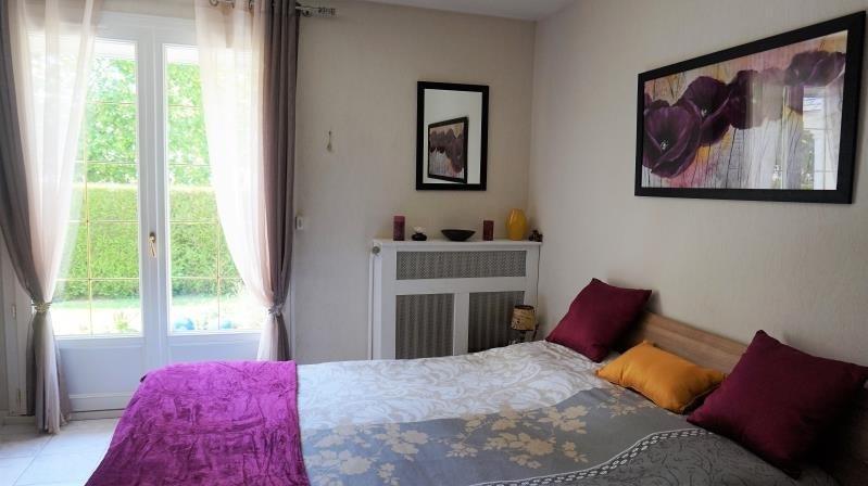 Vendita casa Breval 398000€ - Fotografia 7