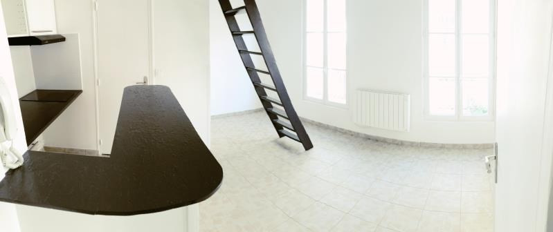 Sale apartment Paris 18ème 227000€ - Picture 1