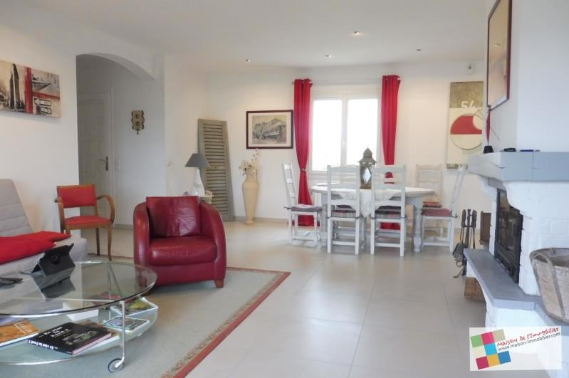 Investment property house / villa Meschers sur gironde 341250€ - Picture 3
