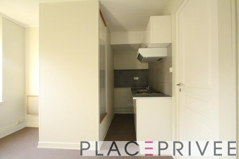 Rental apartment Nancy 390€ CC - Picture 2