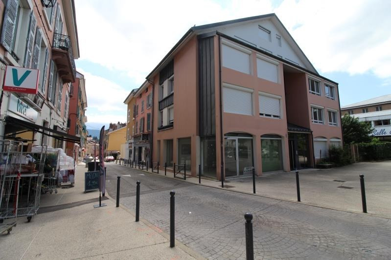 Location local commercial Voiron 550€ HT/HC - Photo 1