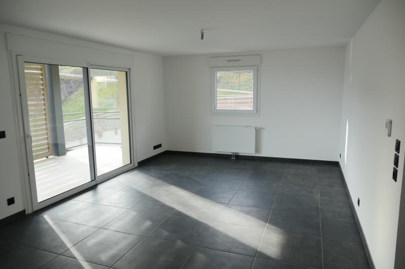 Location appartement Sallanches 1194€ CC - Photo 2