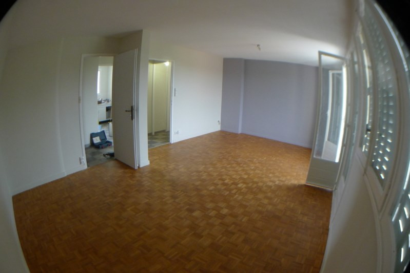 Rental apartment Oullins 750€ CC - Picture 3