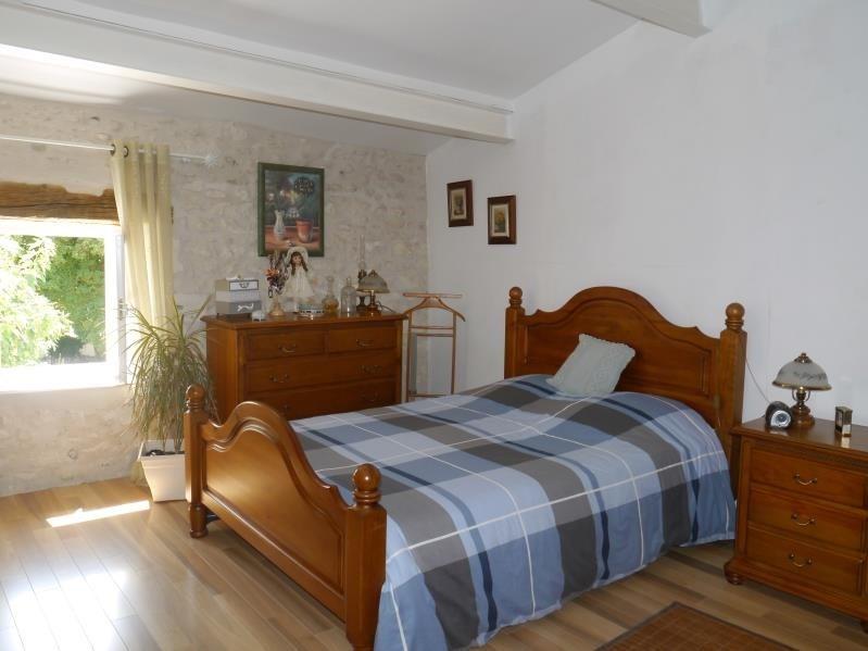 Sale house / villa Mortagne sur gironde 189000€ - Picture 7