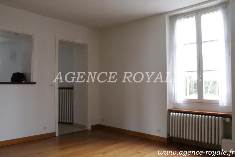 Location appartement Chambourcy 1 115€ CC - Photo 2
